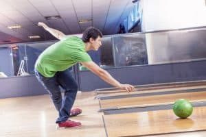best bowling ball for medium to heavy oil