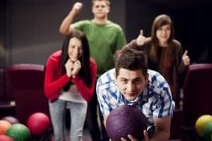 how to become pro bowler